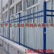 厂家专业生产铁艺栏杆|别墅铁艺大门|别墅围墙栏杆