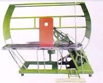 供应半自动钉箱机/纸箱钉箱机/纸箱机械/订箱机