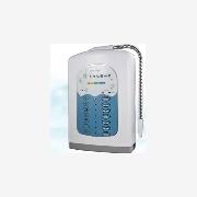 供应家庭时尚制水机,高智能过滤器+七彩液晶智能健宜品牌水机。